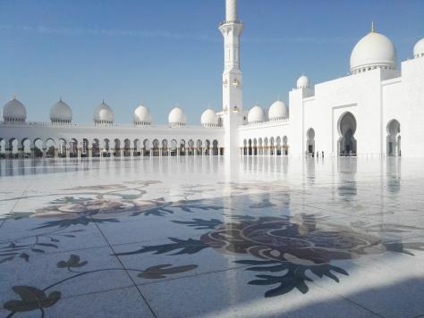 white moschee